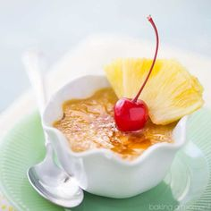 If you like pineapple upside-down cake, then you'll love this creme brulee! Infused with the warm flavors of brown sugar and fresh pineapple, and topped with a crunchy, caramelized sugar cap… Cannoli, Flan, Matcha, Mousse, Chocolate Creme Brulee, Cooked Pineapple, Baking Recipes, Dessert Recipes, Cake Recipes