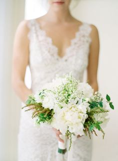Beautiful white and green bouquet | Photography by Jose Villa | Florals by Kathleen Deery Design | via NorCal Wedding