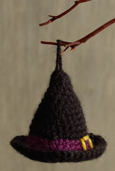 Have some leftover yarn and a little time to make the house spookie? Check out this free pattern for crochet, Witch Hat Halloween Ornaments.