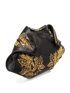 ALEXANDER MCQUEEN De Manta embroidered satin clutch Alexander Mcqueen Clutch, Boho Bags, Purses And Bags, Cool Style, Personal Style, Pouch, Gucci, Satin, Oragami