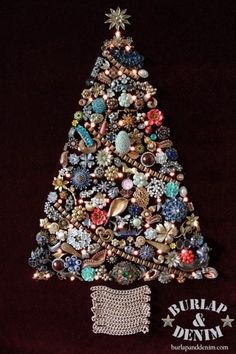 Make a vintage jewelry Christmas Tree with lights. This one used my grandmother'… Make a vintage jewelry Christmas Tree with lights. This one used my grandmother's costume jewelry on burgundy mohair with lights. Costume Jewelry Crafts, Vintage Jewelry Crafts, Vintage Costume Jewelry, Handmade Jewelry, Vintage Jewellery, Vintage Costumes, Antique Jewelry, Vintage Christmas, Christmas Crafts