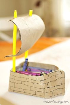Mayflower Crayon Holder for Kids' Thanksgiving Table.made with a creamer carton Thanksgiving Crafts For Kids, Thanksgiving Decorations, Christmas Crafts, Thanksgiving 2013, Thanksgiving Activities, Boat Crafts, Fun Crafts, Arts And Crafts, Bible Crafts