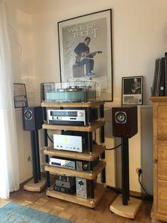 Audio Stand, Diy Speakers, Space Place, Media Storage, Hifi Audio, Audiophile, Drafting Desk, Jukebox, Pedestal