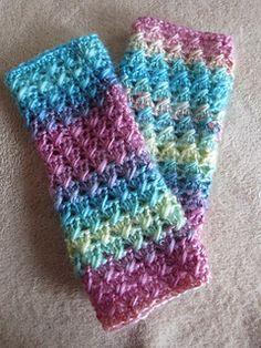 Ravelry: Bonnie Bell Baby Legwarmers pattern by Michelle Ferguson Crochet Baby Mittens, Crochet Boot Cuffs, Crochet Leg Warmers, Crochet Boots, Crochet Slippers, Girls Leg Warmers, Baby Leg Warmers, Crochet Accessories, Crochet Projects