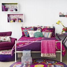 Teenage girl's room decorating ideas