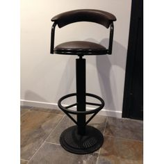 Adoption, Stool, House Styles, Furniture, Home Decor, Iron Furniture, Industrial Bars, Vintage Stool, Industrial Table