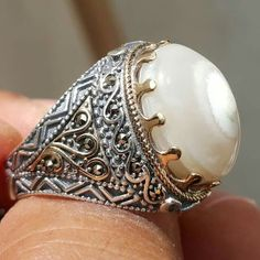 Kings of yemenis for antiques and silver gifts plus gemstones. Rock Jewelry, Girls Jewelry, Jewelry Rings, Diamond Jewelry, Jewellery, Cool Rings For Men, Best Friend Jewelry, Gold And Silver Rings, Turkish Jewelry