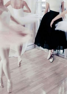Ballerinas | Photo by Steven Chee for Vogue Australia,August 2014Follow Style and Create at Instagram | Pinterest | Facebook | Bloglovin