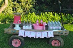 Ideas decoración primera comunión. Carrito especial para las bebidas