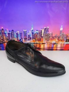 Goodyear Sole black leather bike toe USA stretch Dress Loafers Mens Shoes sz 9 C Dress Loafers, Dress Shoes, Bristol Shoes, Brogues, Loafers Men, Rockabilly Men, Gents Shoes, Mad Men, Salvatore Ferragamo