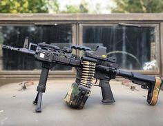Military Weapons, Weapons Guns, Guns And Ammo, Light Machine Gun, Battle Rifle, Custom Guns, Cool Guns, Assault Rifle, Tactical Gear