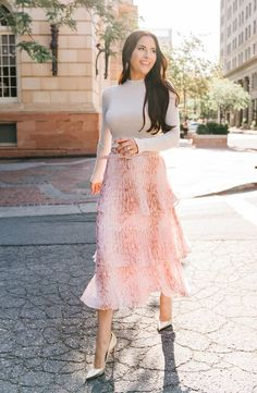 Office Outfits Women Casual, Modest Outfits, Skirt Outfits, Modest Fashion, Skirt Fashion, Casual Dresses For Women, Fashion Outfits, Clothes For Women, Romantic Style Fashion