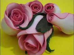 Clay Flowers, Fabric Flowers, Paper Flowers, Dyi Crafts, Foam Crafts, Paper Roses Tutorial, Crepe Paper Crafts, Fleurs Diy, Bottle Painting
