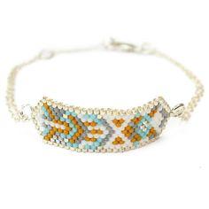 """Bracelet ethnique chic """"Hexa Moutarde"""" : Bracelet par amy-jewels"""