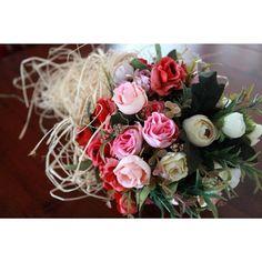 """""""Gelin çiçeği  #nişantacı #gelintacı #düğüntacı #gelinçiçeği #gelinbuketi #nişan #wedding #gelin #bride #celebration #party #love #flower #çiçek…"""""""