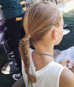 Braids by @red.urban.beauty at #BottleRock back in May. #TBT #TeaTreeHairCare #Regram Urban Beauty, Head To Toe, Tea Tree, Hair Care, Braids, Hair Styles, Red, Fashion, Bang Braids