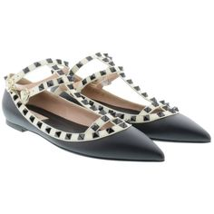 Pre-owned Valentino Black New Rockstud Sz39 Flats ($1,001) ❤ liked on Polyvore featuring shoes, flats, black, black studded flats, flat shoes, black studded shoes, black flat shoes and flat heel shoes