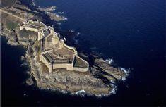 Fort la Latte (40 citadelles Vauban vues du ciel)