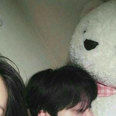 ulzzang and couple image Mode Ulzzang, Korean Boys Ulzzang, Ulzzang Couple, Ulzzang Boy, Couple Aesthetic, Korean Aesthetic, Couple Goals Cuddling, Korean Couple, Photo Couple