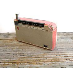Radio- 1950s National 7 Transistor Radio- with Leather Case