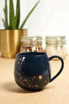 Discover Urban Outfitters' kitchen and bar collection with our collection of novelty mugs, wine glasses, tumblers and a variety of water bottles. Urban Outfitters, Coffee Love, Coffee Cups, Novelty Mugs, Cute Cups, Birthday Gifts For Best Friend, My Cup Of Tea, Moscow Mule Mugs, Tea Set