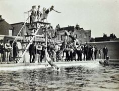 c1920-pool Millwall Park Millwall, Isle Of Dogs, London Pictures, Old London, London Street, Swimming Pools, Fair Grounds, Park, History