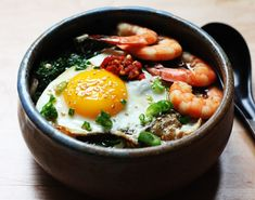 Shrimp and Kale Udon--Japanese comfort food that takes only 10 minutes to make.