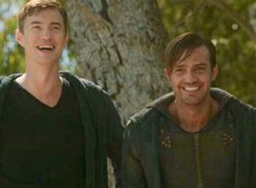 D2 BTS @CarlBeukes @MrTomWisdom They kept flubbing their lines