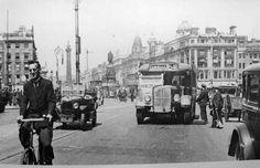 Old Dublin Photos - Old Dublin Town Dublin Street, Dublin City, Old Pictures, Old Photos, Vintage Photos, Liverpool England, Photo Engraving, Ireland Homes, Irish Celtic