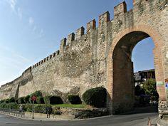 Greek Beauty, Thessaloniki, Byzantine, Brooklyn Bridge, Daydream, Medieval, Greece, Castle, Louvre