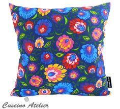 http://cuscinoatelier.pl/home/758-poduszka-dekoracyjna-lowicka-szafirowa.html