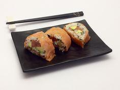 Sushi con l'alga kombu  http://stellasenzaglutine.com/2015/04/21/il-mio-sushi-di-salmone-e-alga-kombu-senza-glutine/