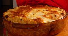 This Easy Gratin Parmentier Recipe Will Be Your New Favorite Pasta Casserole, Casserole Dishes, Casserole Recipes, Daisy Sour Cream, Grandma Cooking, Best Casseroles, Greek Recipes, Easy Dinner Recipes, Food And Drink