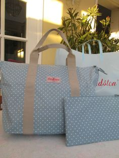 BNWT Pretty Cath Kidston FoldawayBag In Cornflower Blue Mini Dot Free Gift Wrap