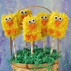 Rice Krispies Treat Chicks - Fun Family Crafts