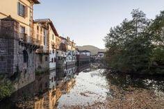 El puente de diciembre, más flojo que otros años para el turismo rural - Foto EscapadaRural - Valle de Baztan World, Zaragoza, Bridges, Castles, Viajes