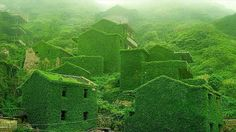 A forgotten fishing village (near the Yangtze River, China)