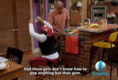 That's so Raven Funny Jokes, Funny Gifs, Funny Shit, Funny Stuff, That's So Raven, Old Disney, Good Ole, See On Tv, 90s Kids