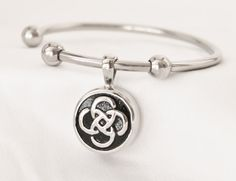 Stainless Steel Celtic Circle Cremation Keepsake Charm Bracelet with Fill Kit. Charm Bracelet
