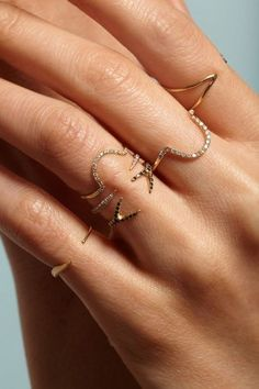 ::: pretty delicate stacking rings :::
