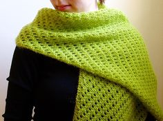 kissahuivi valmis4 by terhimon, via Flickr - beautiful stitches, also see Karens carnival on Crafty