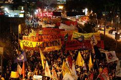 O protesto por melhorias na Educação, que aconteceu na noite da última terça-feira (15), em São Paulo, acabou em novo confronto com a Polícia Militar e com atos de vandalismo