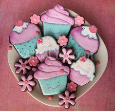 Pour deux soeurs: http://www.misscuit.com/biscuits/pour-deux-soeurs/