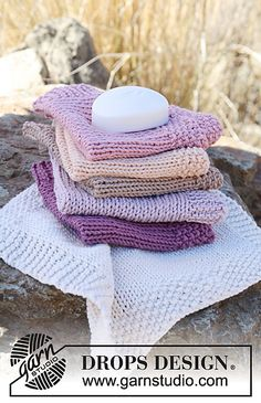 """Ravelry: 130-40 Wash cloth in """"Paris"""" pattern by DROPS design"""