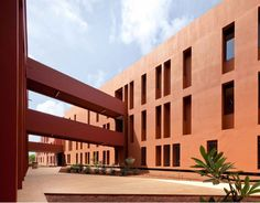 Jean Mermoz French School Complex At Dakar, Senegal - Picture gallery Education Architecture, Islamic Architecture, School Architecture, Contemporary Architecture, Interior Architecture, Interior Design, Grand Prix, Jean Mermoz, French School