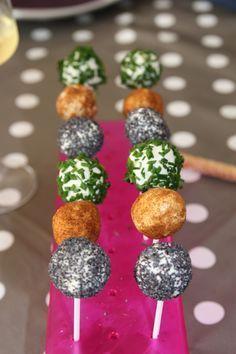 Petites sucettes de Kiri et ses herbes variées, une idée recette à tester de toute urgence :-)