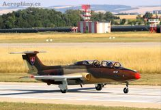 Aero L-29 Delfín - OK-AJW Fighter Jets, Aviation, Aircraft, Dolphins, Wings, Air Ride, Airplane, Plane, Hunting