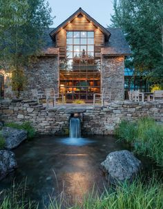 The property also boasts a guest house made of stones reclaimed from a 17th century Yorkshire estate as well as timbers from old structures throughout the Rocky Mountains.