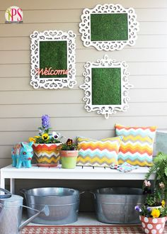 Celebrate spring by creating this chic DIY wall decoration for your front porch. Welcome Spring DIY Wall Art is one of the most unexpected and unique outdoor decorating ideas you'll ever see. Pallet Wall Art, Diy Wall Art, Diy Wall Decor, Porch Wall, Patio Wall, Outdoor Wall Art, Outdoor Walls, Outdoor Decor, Outdoor Ideas