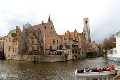 Hace 800 años Brujas era la encantadora capital del condado de Flandes y una de las ciudades comerciales más importantes de Europa.....